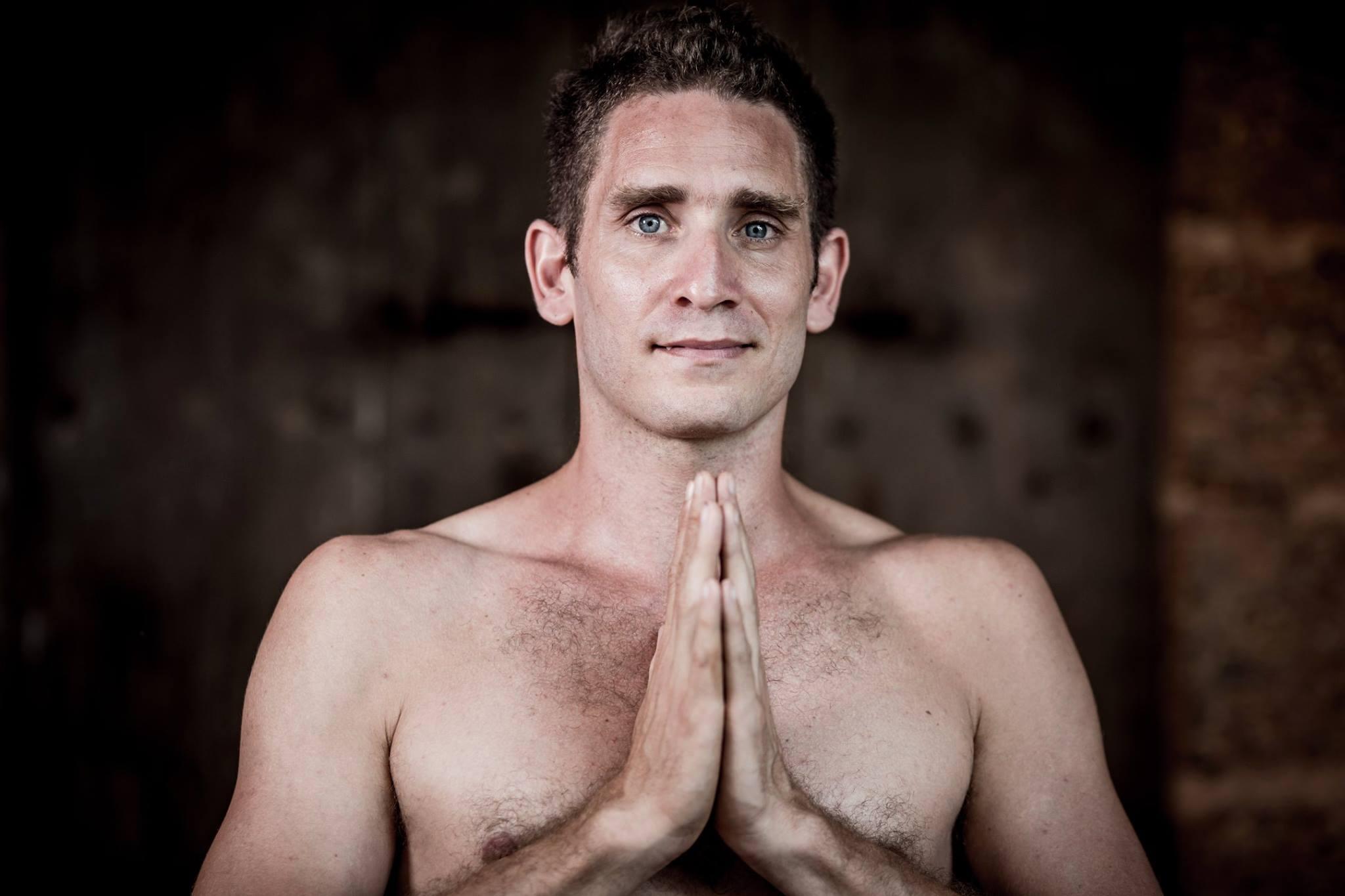 Sebastian Arbondo – Ashtanga Yoga