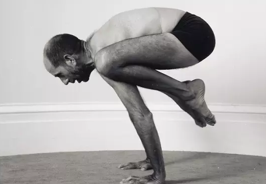 Kiến thức Vinyasa cơ bản: 4 cách phòng tránh chấn thương trong yoga