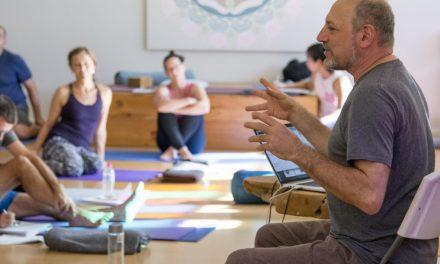 Hội chứng sau hôi nghị Yoga – Leslie Kaminoff