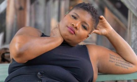 Jessamyn Stanley – gương mặt truyền cảm hứng về thái độ tích cực với cơ thể