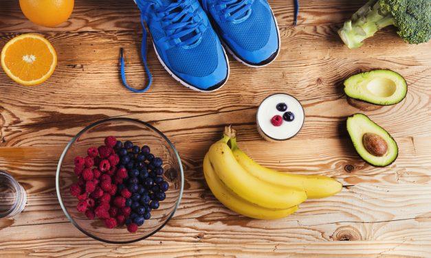 Ăn gì trước, trong và sau khi luyện tập thể thao
